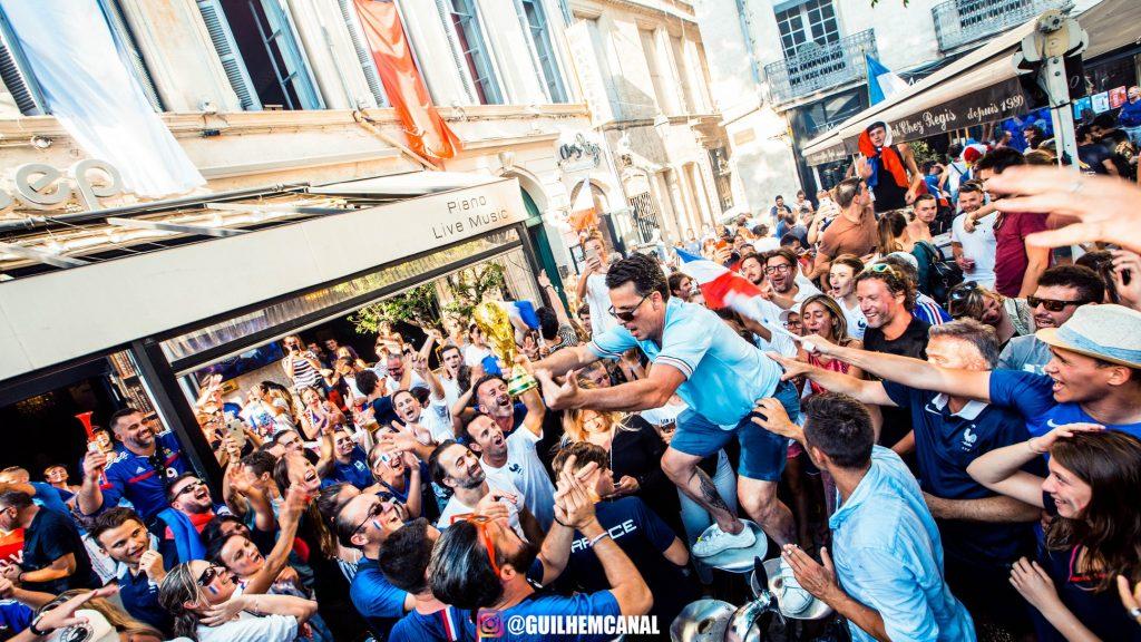 Explosion de joie dans les rue de la ville - en images 35 - MontpelYeah Magazine