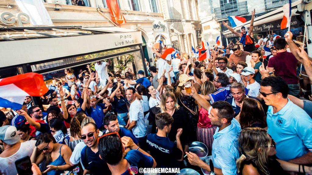 Explosion de joie dans les rue de la ville - en images 31 - MontpelYeah Magazine