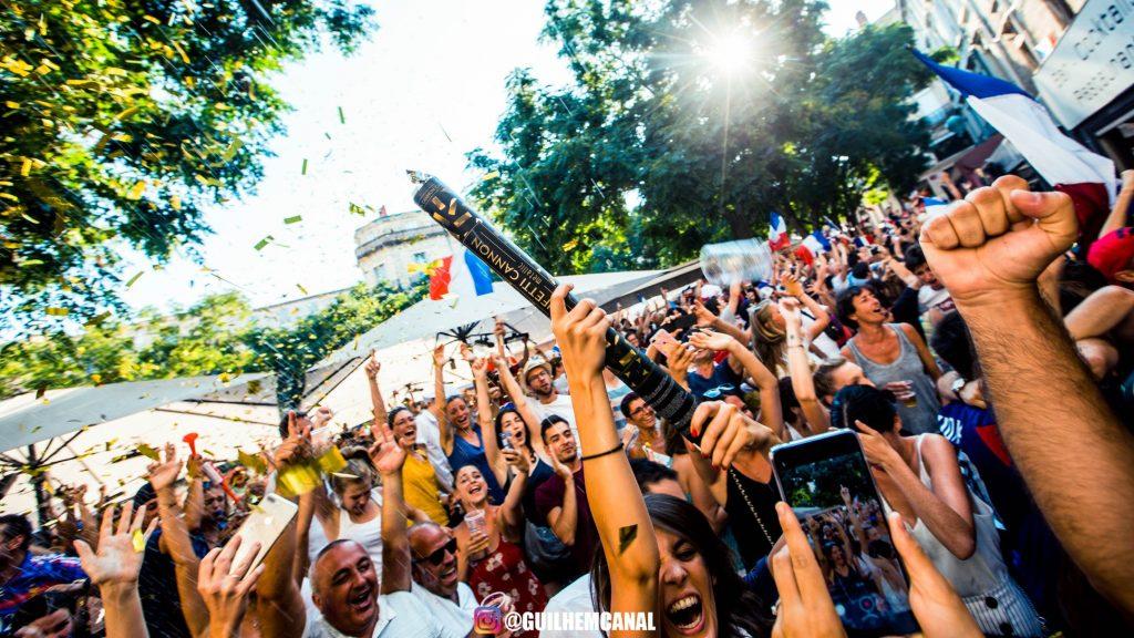Explosion de joie dans les rue de la ville - en images 21 - MontpelYeah Magazine