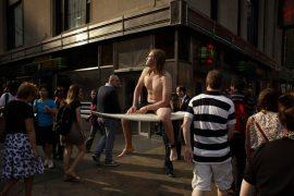 """Romain Laurent montre une version un peu """"tordue""""de la réalité 2"""