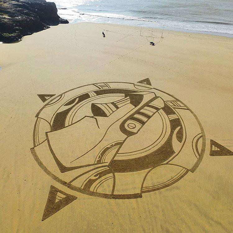 L'homme qui dessine sur les plages 1 - MontpelYeah Magazine