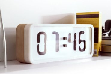 Damjan Stankovic – Rhei Liquid Clock 2