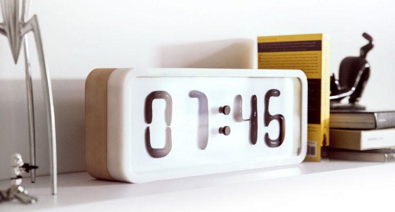 Damjan Stankovic – Rhei Liquid Clock 1